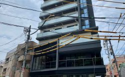 「阿川燃料店」の長屋跡にビル建設、下層階は店舗に?