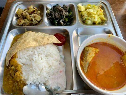 もはやカレー屋というより南インドの食堂「moona」でランチ