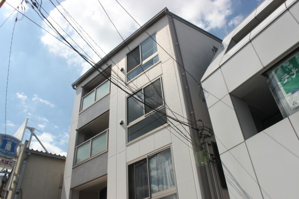 下北沢賃貸マンションメゾンヤマネの外観写真