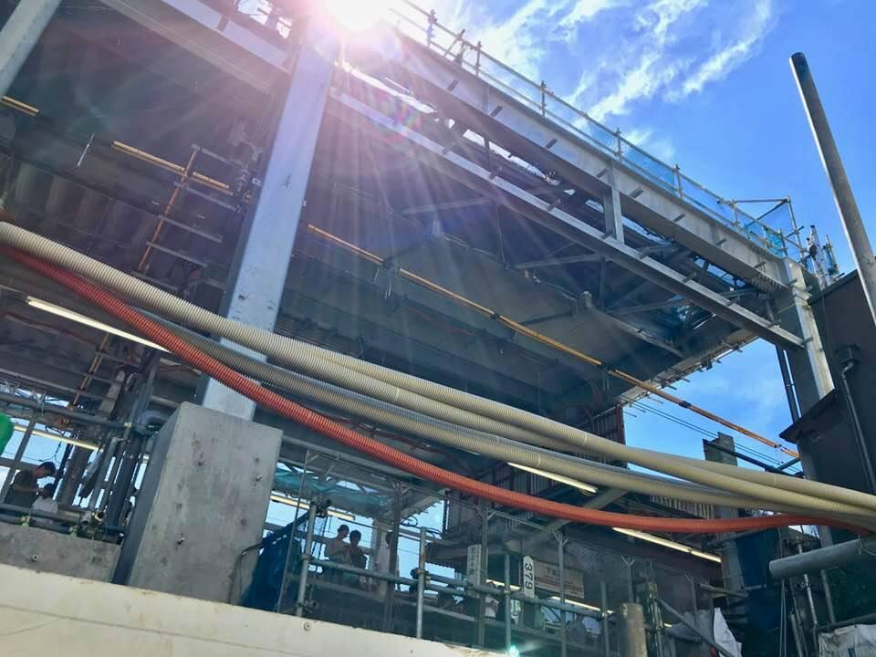 下北沢駅舎工事、新しい玄関口の骨格が見えてきました