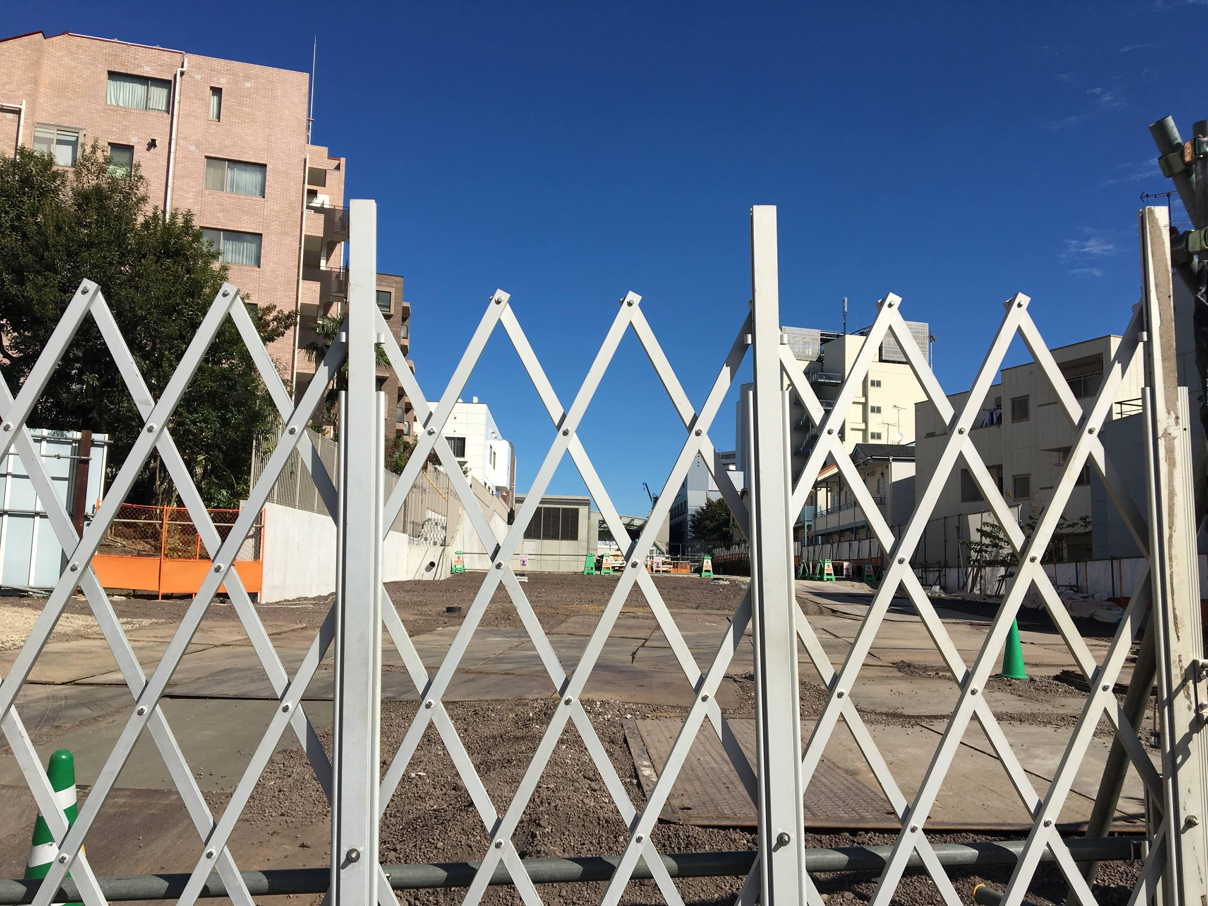 鎌倉通りが元通りに?駅舎だけじゃない、着々と進む周辺の道路工事
