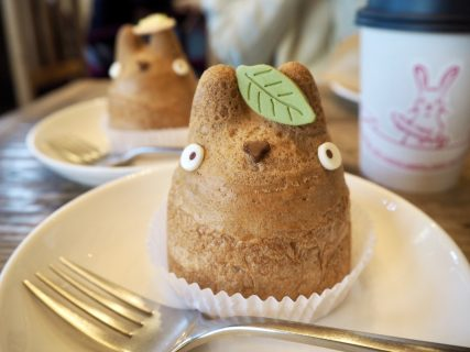 ジブリファン必見!トトロに出会えるほっこりカフェ