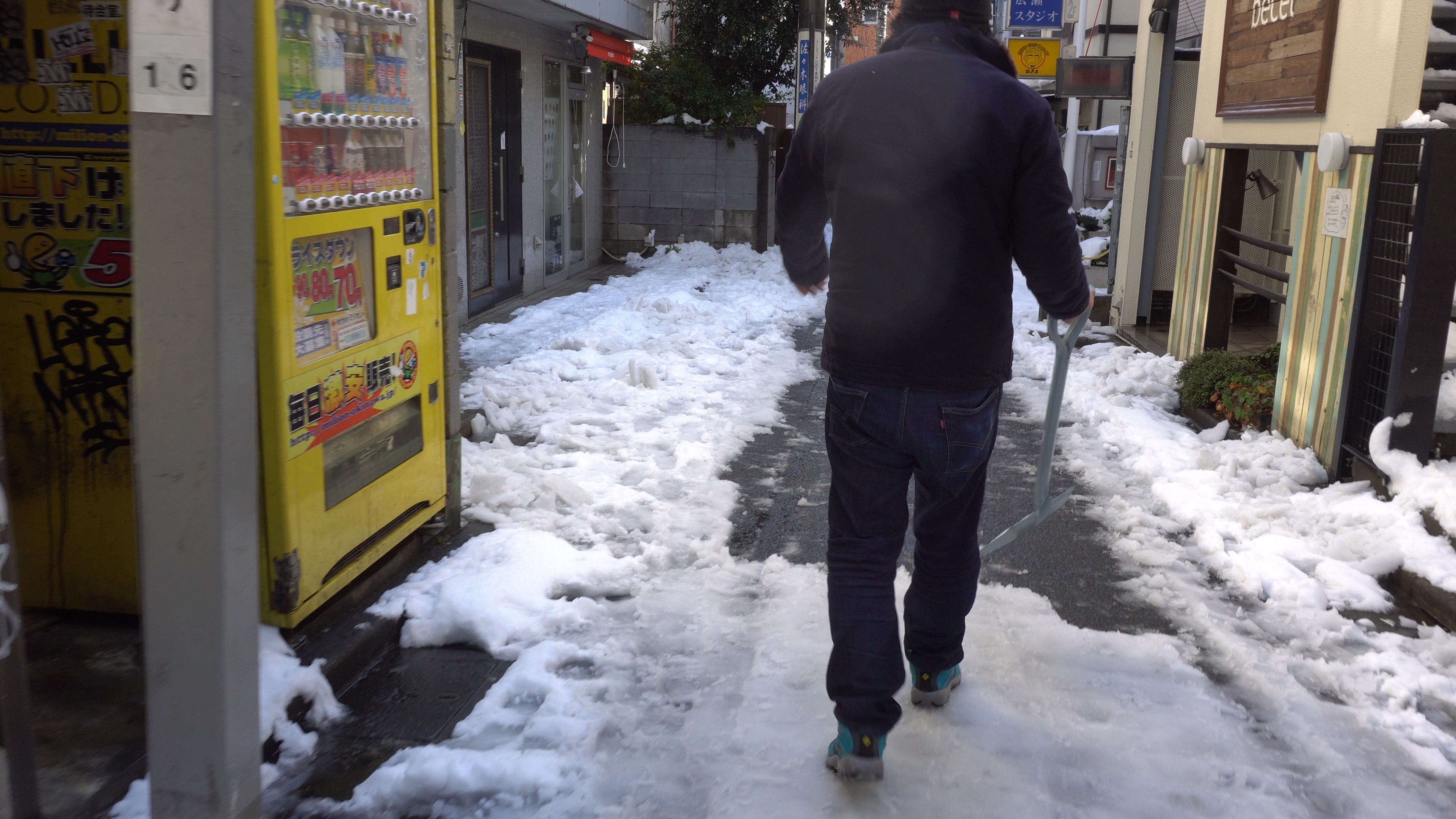 下北沢VLOG始めました 最初は雪の下北沢を動画でまとめてみました