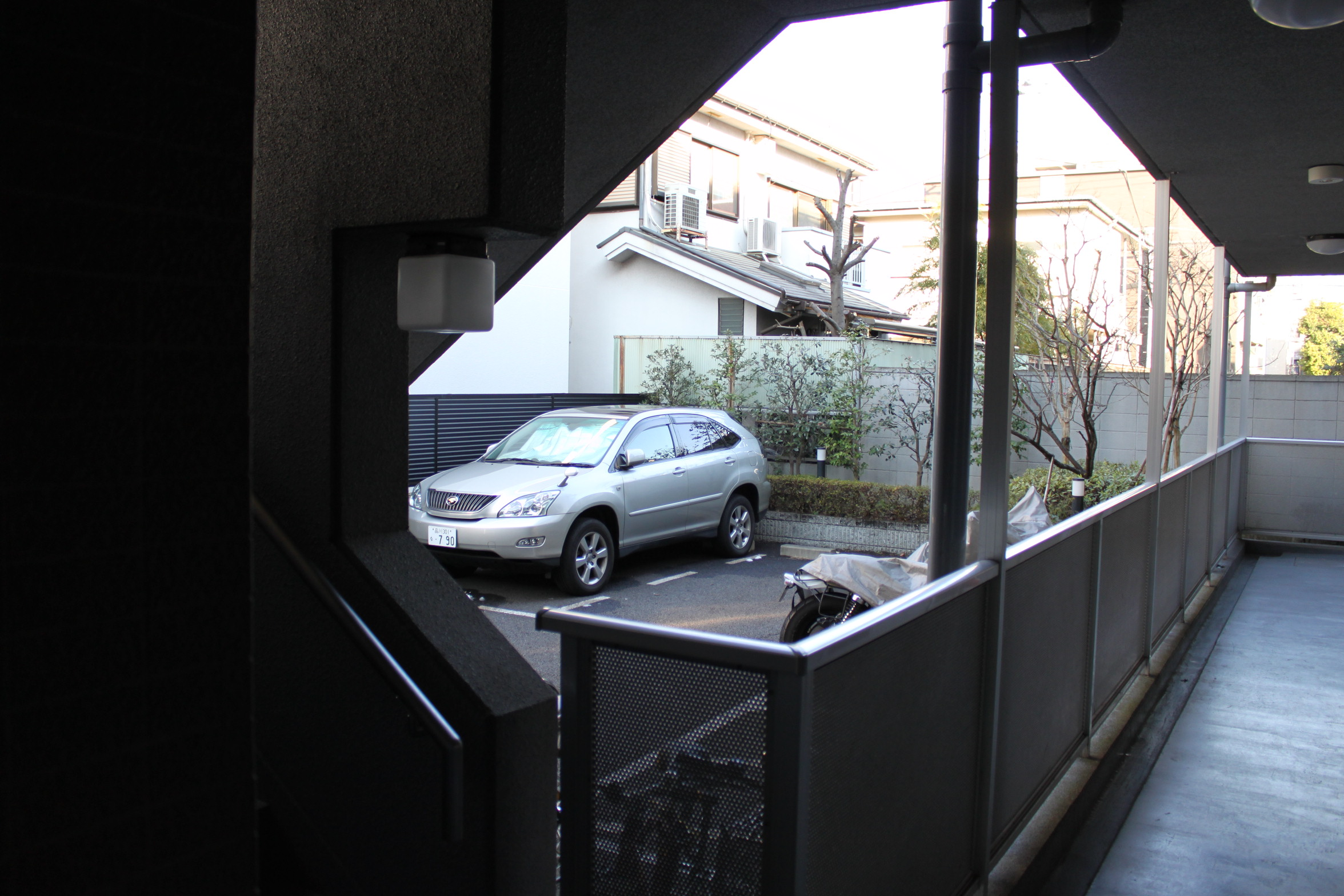 バイクOK、2人入居OK。しかも機能性バツグン「バウハウス秋城」105号室