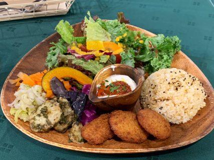 フレンチから薬膳カレーまで!カフェ飯の本気を見た「Organic Cafe 音倉」