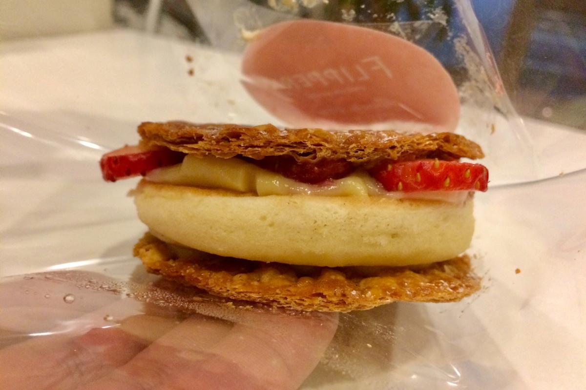 いちごの季節がやってきた!期間限定FLIPPER'S『ストロベリーカスタードパンケーキパイ』