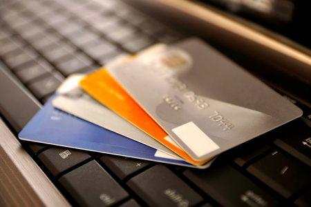 ついに弊社も初期費用クレジットカード払い対応へ!