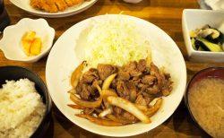 串かつとんびのワイルド&ボリューム満点お昼ご飯!