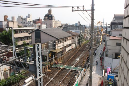 駅まで近い、新宿まで近い!しかも設備充実で7万円台「ひのき烏山ビル」401号室
