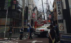 一番街商店街通りの建物で事故