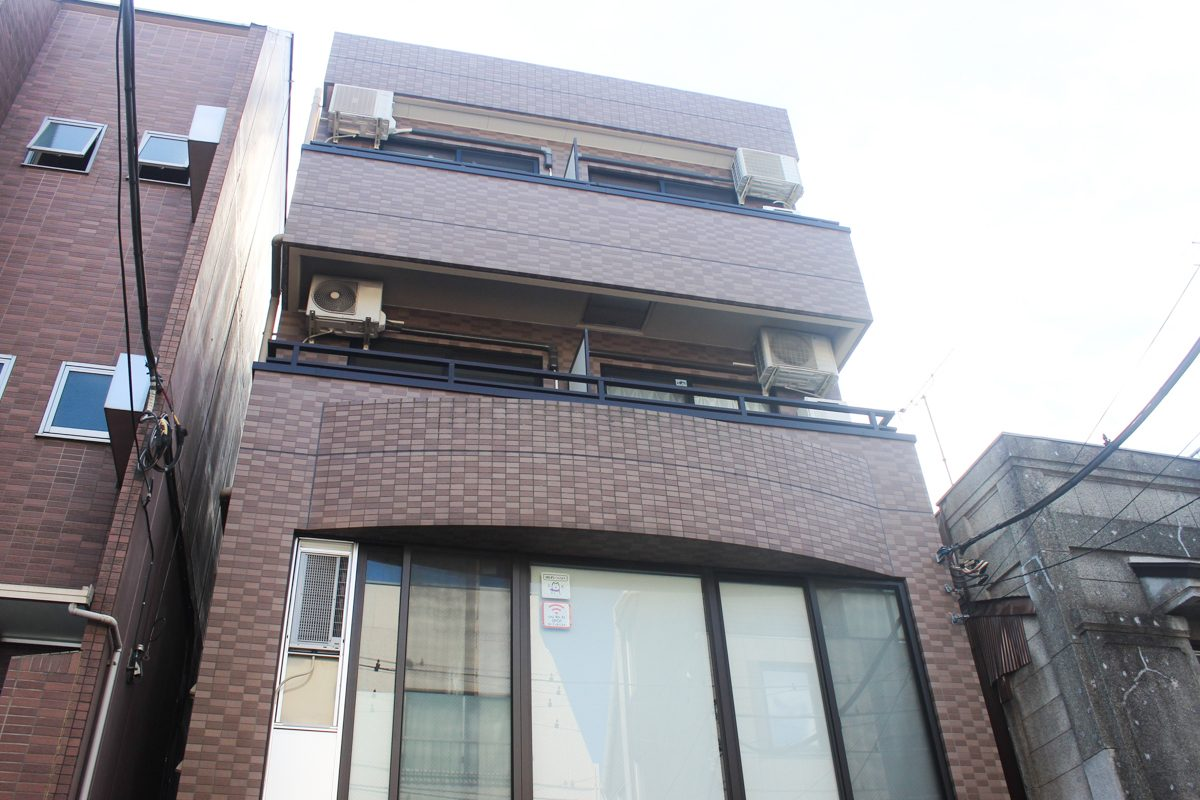 恋人と、友人と…キッチン広めで快適な共同生活を「柳川ビル」302号室