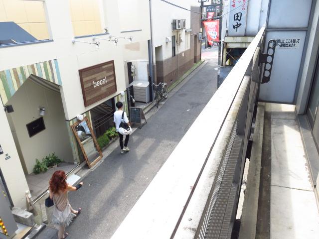活気に満ちたカルチャーの街を肌で感じる「ハイツ北沢」201