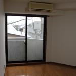 下北沢の賃貸マンション、MOYビル201号室の室内写真。
