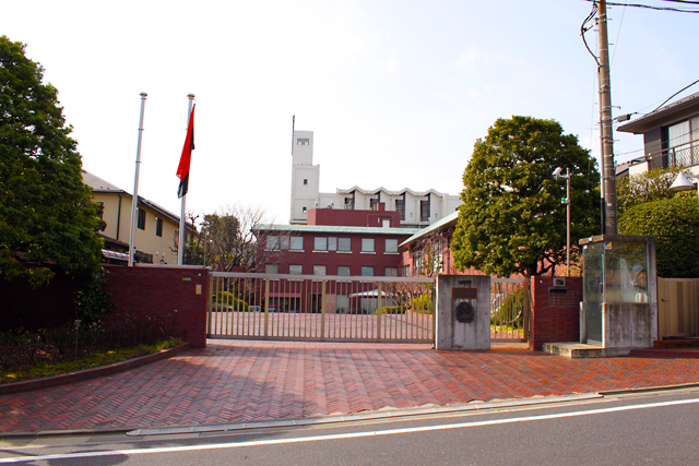アンゴラ大使館-(2)