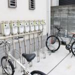 しっかりした設備の自転車置き場も完備されております。