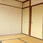 和室6畳部分。入居が決定してから畳を張り替えます。(内装)