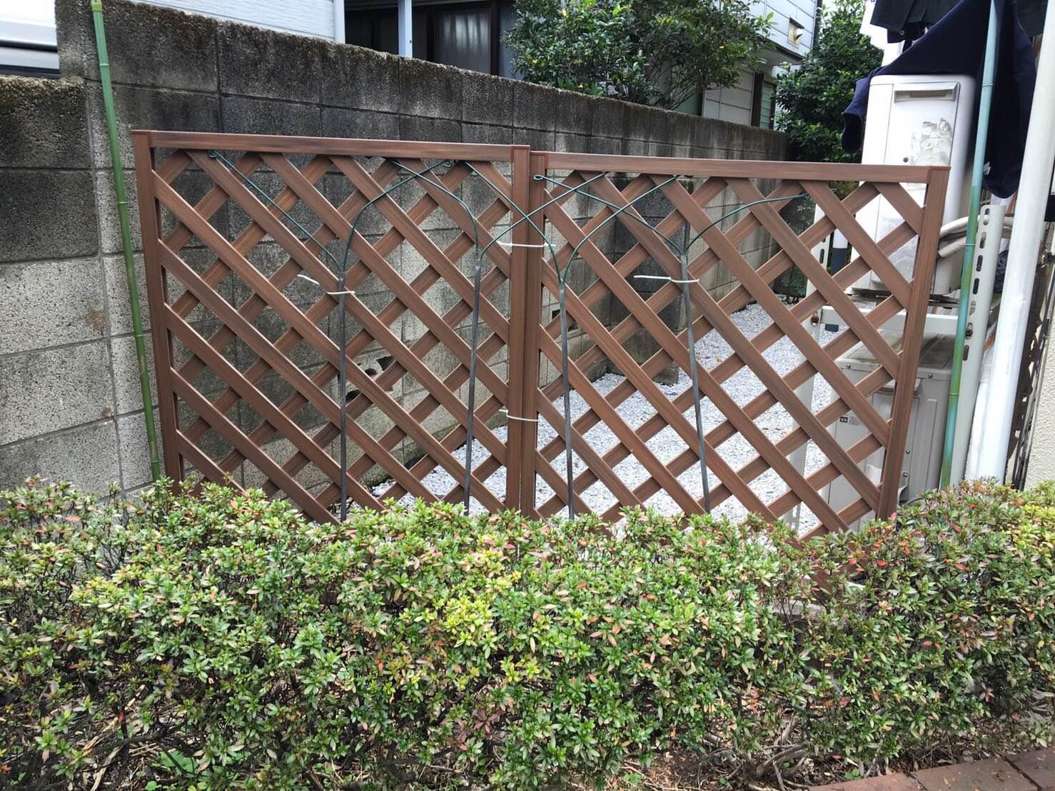 シュトラーセの柵を新調しました