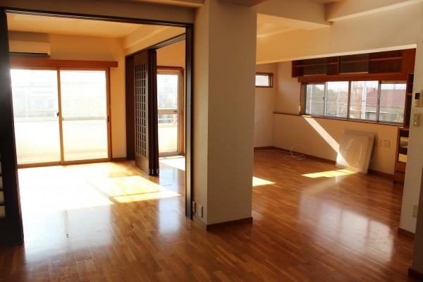 最上階角部屋・日当たり眺望良好!屋上使用可、住みやすさ重視の「前田マンション」