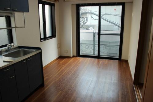 街中の物件だけど住みやすい、使いやすい。「ハイツ北沢」301号室
