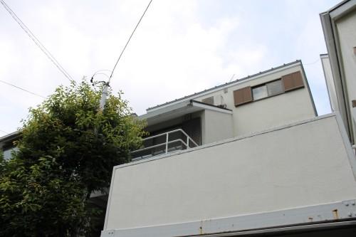 車庫・庭付きの3階建て。ルームシェアにも「代田6丁目一戸建て」
