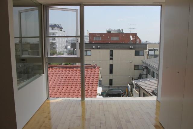 最上階ならではの開放感あるお部屋「エルプラド自由が丘」4b