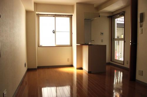 『ハイムヤマネ102号室』清掃終了しました