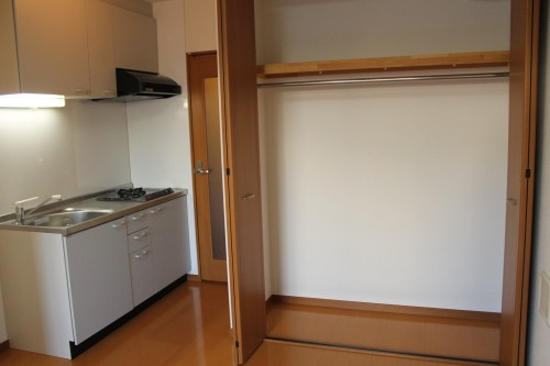 グラシア阿川 202号室