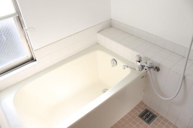 402: 狭小ですが洗い場もあります