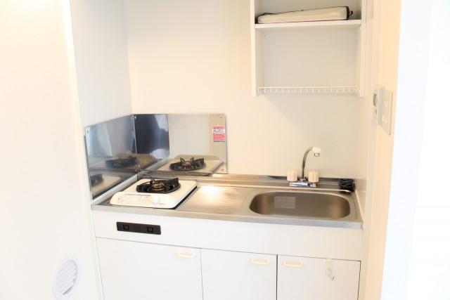 303: ミニキッチンですが調理スペースはちゃんと有ります