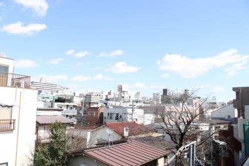 下北沢を一望できる立地・眺望「月村第2光ビル」