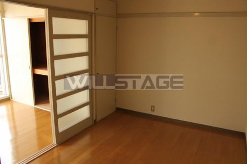 シアーズハイツ 303号室