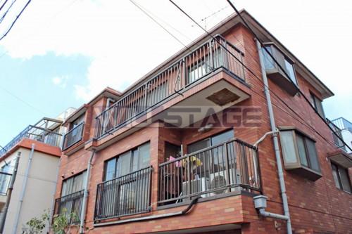 太郎ハウス 1階