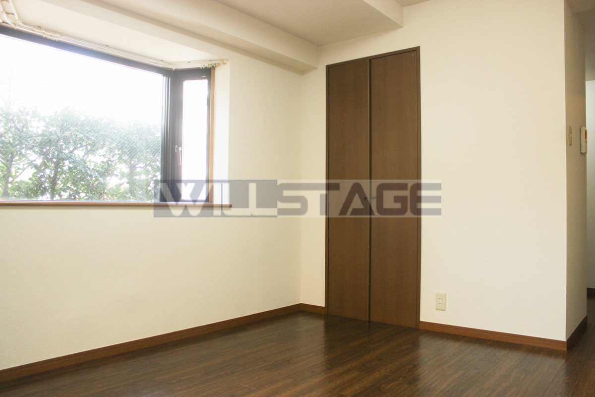 バウハウス秋城 101号室