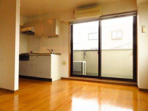 ひのき烏山ビル301洋室・キッチン